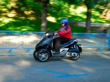 Muevete por Madrid en Moto 33