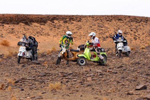 Vespa Raid maroc 2013 110