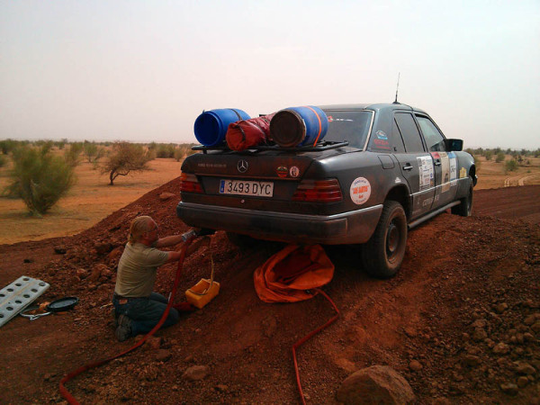 "W 124 Expedition ""Por África con un clásico"" II. MAURITANIA, Off Road o basura"