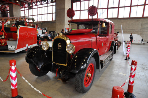 Classic Auto 226