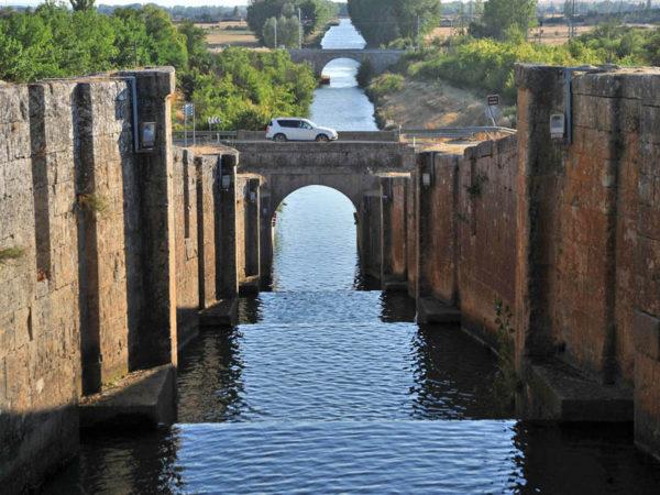 Ruta Trail. De Alar del Rey a Calahorra de Rivas. Por el Canal de Castilla