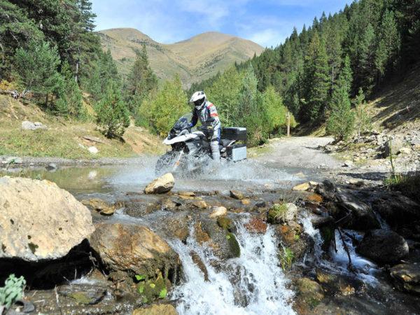 Ruta Trail. De Peramola a Llavorsí. Contrabando de paisajes
